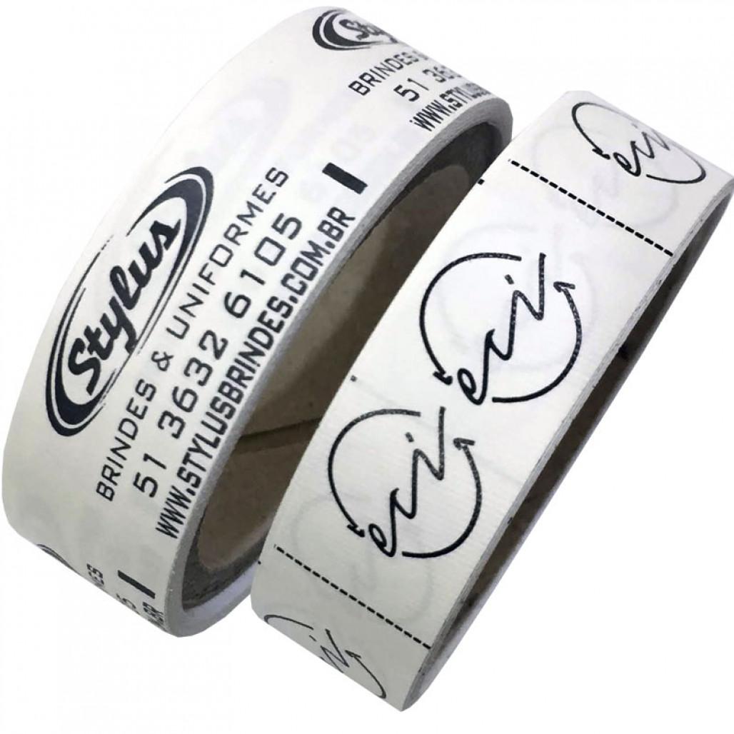 Etiqueta em Nylon Resinado Premium Emborrachado Branco, Largura 15 mm, com Opções Personalizadas